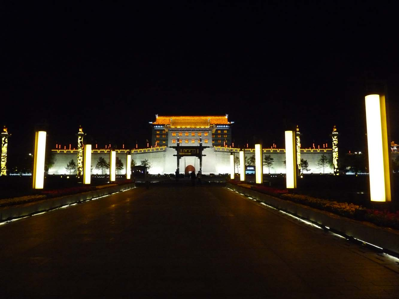LCNS City Walls Xian by Night