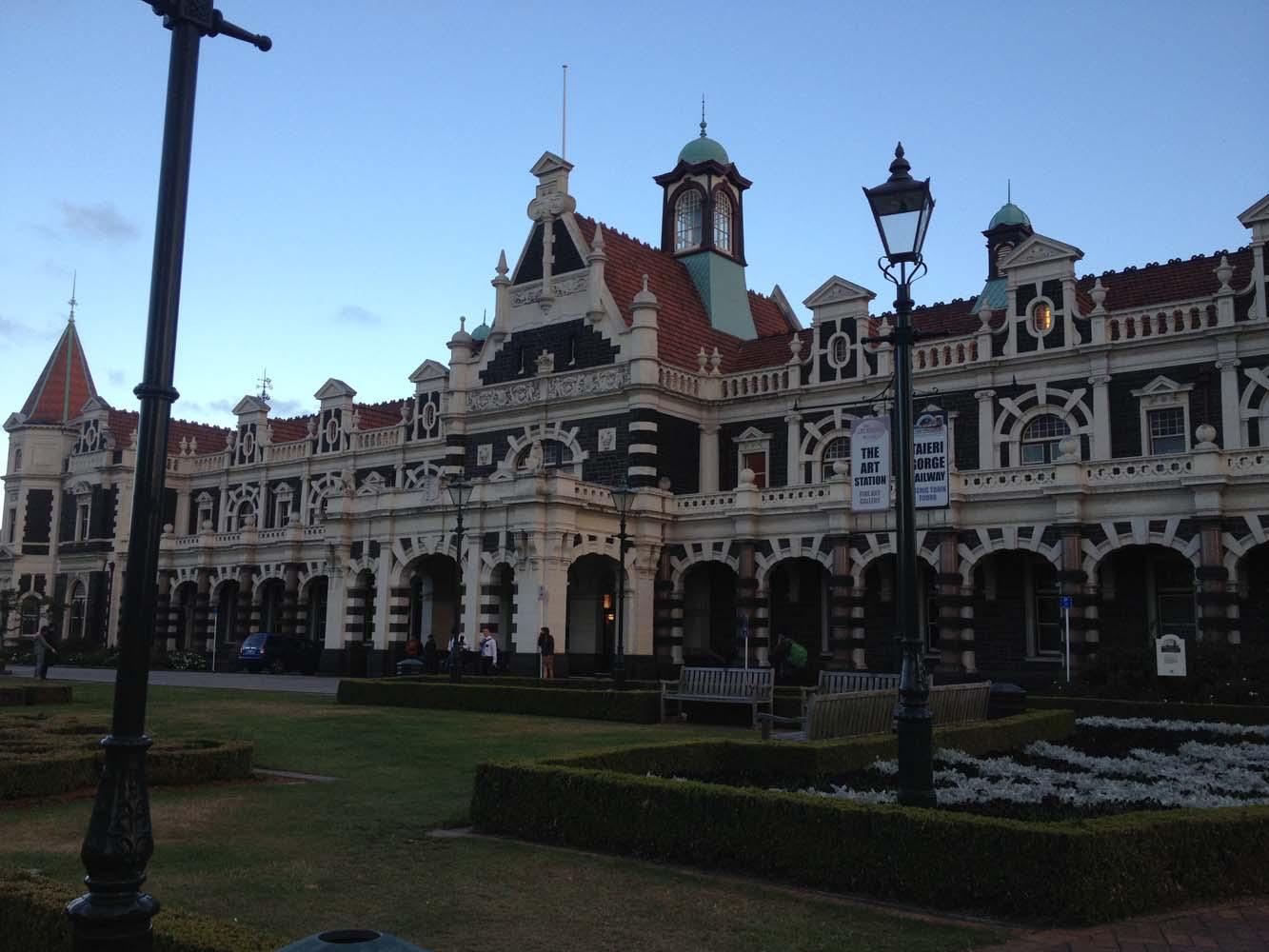 LNZ Discover New Zealand Dunedin Railway